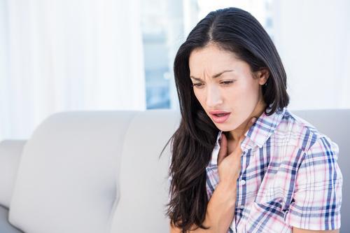 Хронический бронхит у женщины