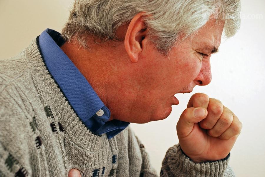Астматический кашель: симптомы и лечение